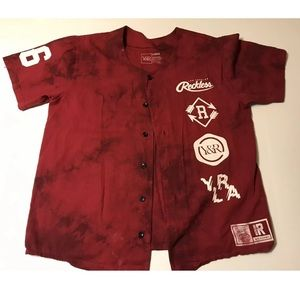 Young & reckless baseball jersey men's size L (C)